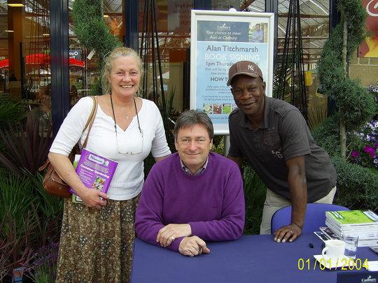 Alan Titchmarsh Book Signing at Cadbury Garden Centre...For Irish x  (Flippinium goreouseum!)