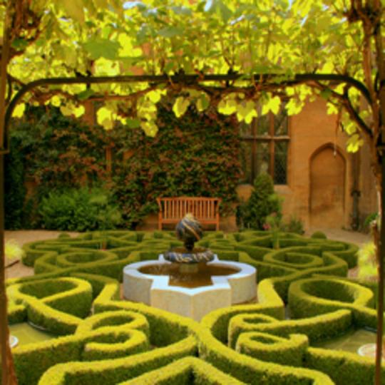 knot_garden_reduced_copy.jpg