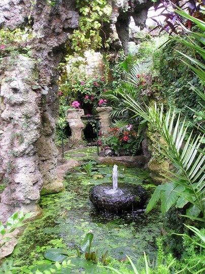 Dewstow Grottoes & Gardens