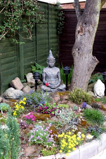 Garden Ideas Small Landscape Gardens Pictures Gallery: Oriental Garden Ideas : My Buddah's Garden