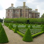 box hedges in Syon Park   May 2004