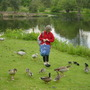 feeding the waterfowls in Kew - May 2004