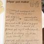 Paper_pot_maker_in_garden_museum_260504