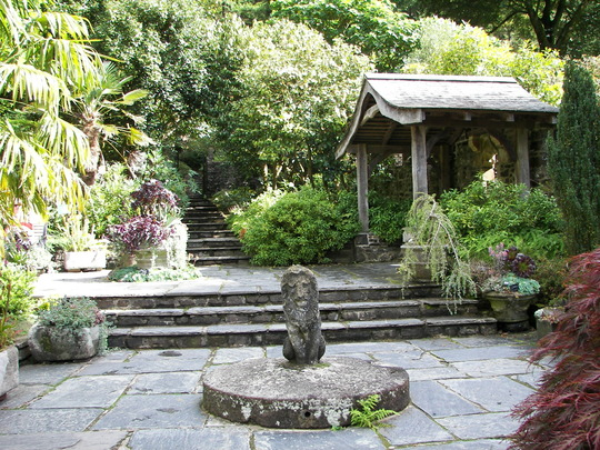 Stone_Garden_2_Rosemoor.jpg