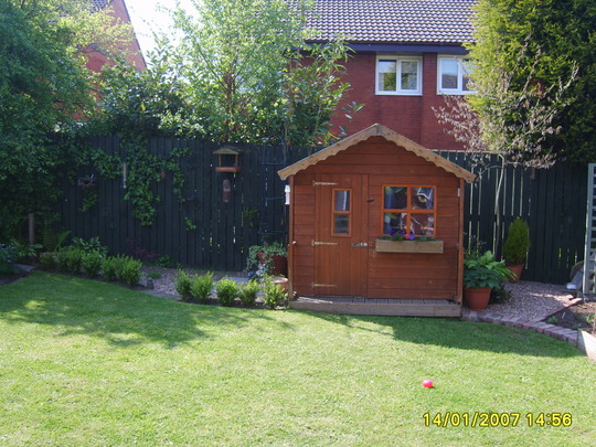 daughters play house/ aboad when she,s 16