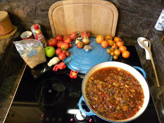 RECIPE: tomato apple chutney  - 280811