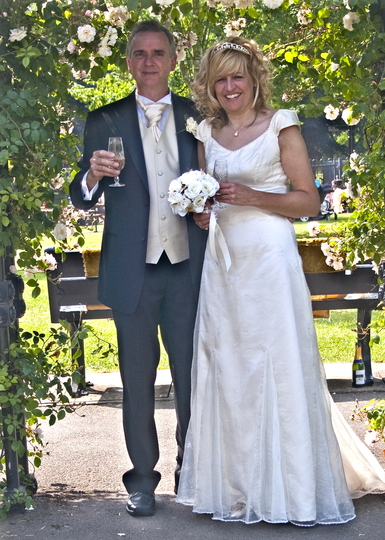 Our wedding photo's at Brampton Park sensory garden