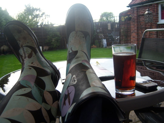 Scotch and Coke and feet ave wellies up time:)