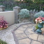Gravel garden and Patio Slab design.