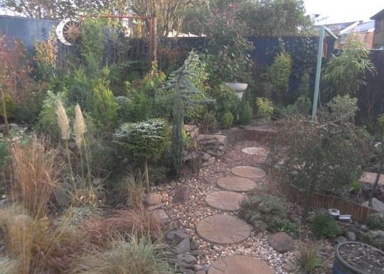 Gravel path Winter garden