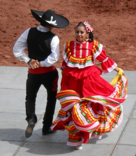 Young dancers -Mexico 2013