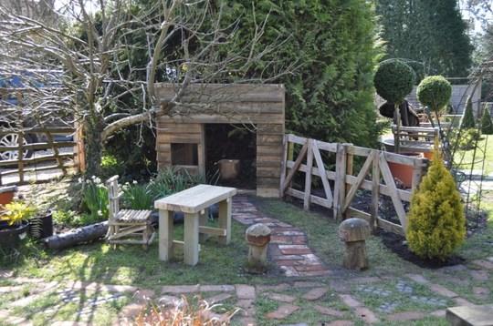 Evans little House