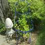 Bluestandand_chair_2