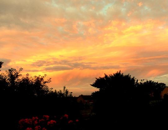Saturday evenings sky