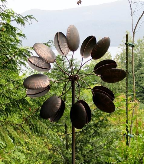 Decorative cooper garden feature - wind spinner