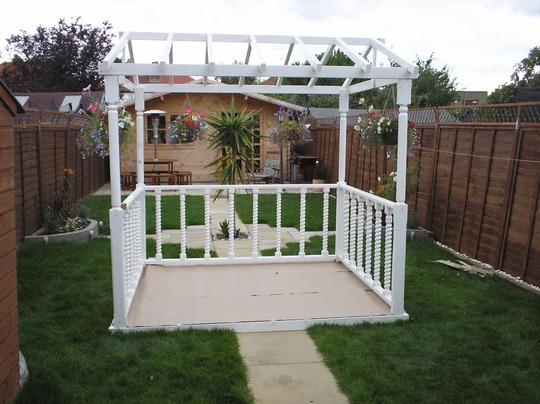 Ornemental garden decking stand.