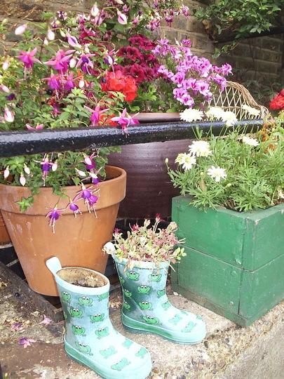 Container planting, Hackney City Farm