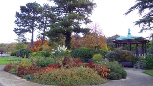 Belper River Gardens this morning before the rain settled in.