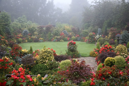 Autumn mists and mellow fruitfulness -                           14 September