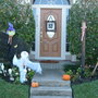 Townhouse decorated for Halloween.