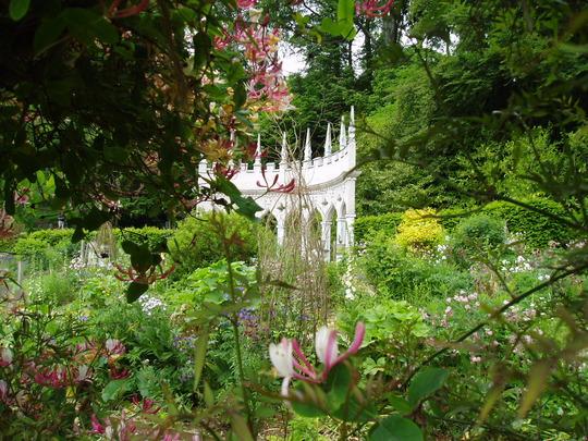 Exedra Garden