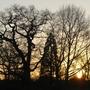 Sun_setting_over_Hanworth_261208_2.jpg