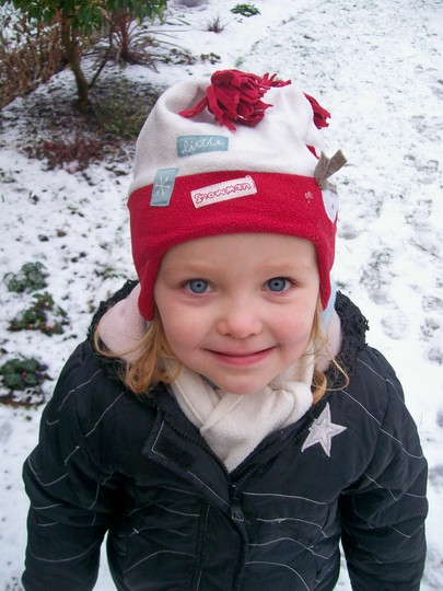 Mummy's little snow angel... (Spondeekee Madam)