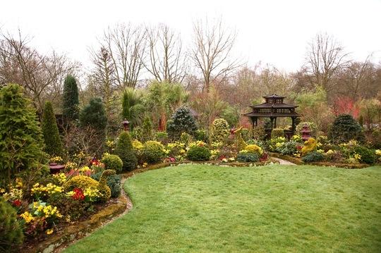 1 April 09 upper garden