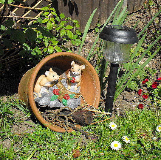 Bill & Ben The Flower Pot Mice :)