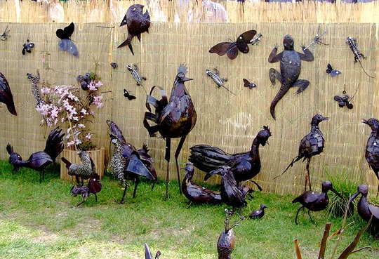 Fun metal sculptures from African Creations