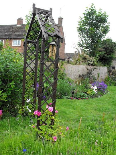 Garden Arch Veiw From Behind