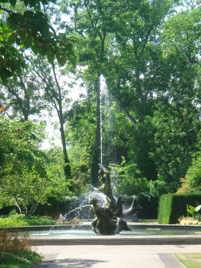 Triton fountain - Queen Mary's Garden, Regent's Park, London - June 2009