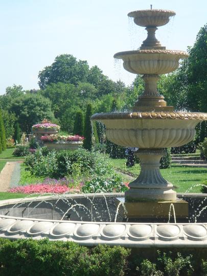 The Avenue & English Gardens - Regent's Park, London - June 2009
