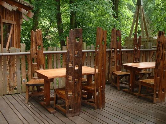 Tree House cafe.