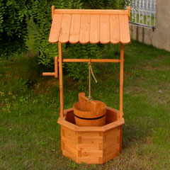 FSC Wooden Wishing Well