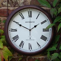 Automatically Set Garden Clock