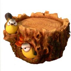 Tree Design Ground Bird Feeder