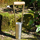 Traditional hand bulb planter stainless steel