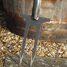 De Wit two pronged weeder / rose fork