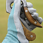 Blue nitrile gardening gloves showa floreo 370