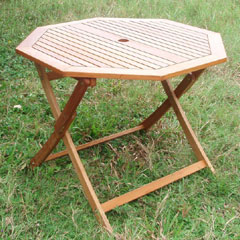 Greenfingers Portland Octagonal Hardwood Table