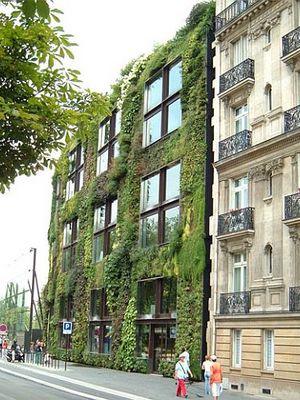 Green-wall_45