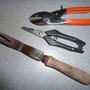 P1010952_3_tools._sept.2011