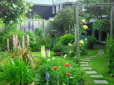 Open_garden_2010_008